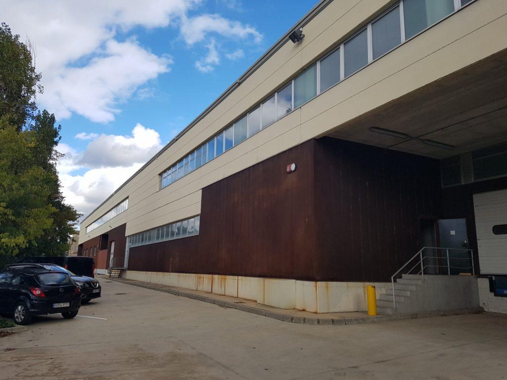 Nau industrial en venda a Sabadell